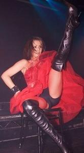 Cheryl Cole's legs *ADDS* & crotch wide open ... 1 pic