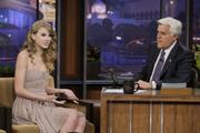 Nov 22, 2010 - Taylor Swift - Tonight show with Jay Leno in Los Angeles Th_02494_tduid1721_Forum.anhmjn.com_20101130142806006_122_223lo