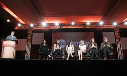 http://img5.imagevenue.com/loc351/th_14427_pretty_little_liars_tca_panel_23_122_351lo.jpg