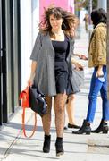 http://img5.imagevenue.com/loc456/th_506493356_Sophia_Bush_out_shopping_in_LA2_122_456lo.JPG