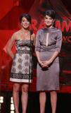 Cobie Smulders 49th Annual Grammy Awards 02.11.07 Foto 151 (Коби Смолдерс 49-й ежегодной Грэмми 02.11.07 Фото 151)