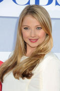 http://img5.imagevenue.com/loc533/th_822591919_Elisabeth_Harnois_CW_CBS_and_Showtime_Summer_TCA_Party3_122_533lo.jpg
